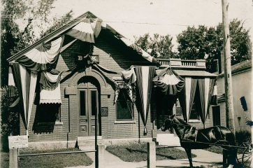 1871 Ocean & KSB with horse out front