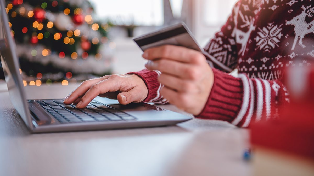 holiday shopping online credit card